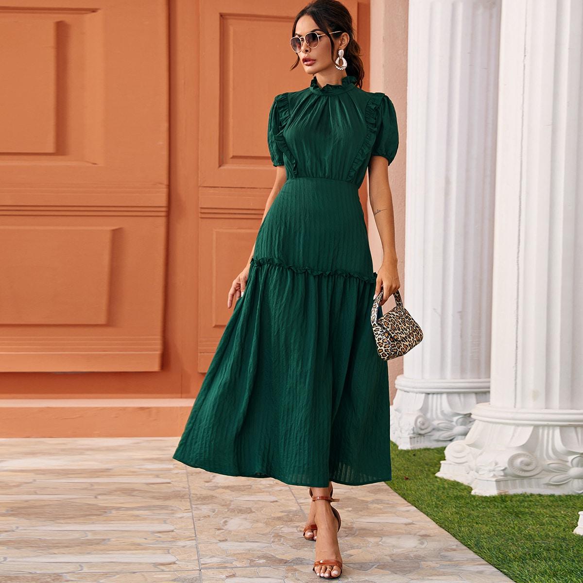 Расклешенное длинное платье