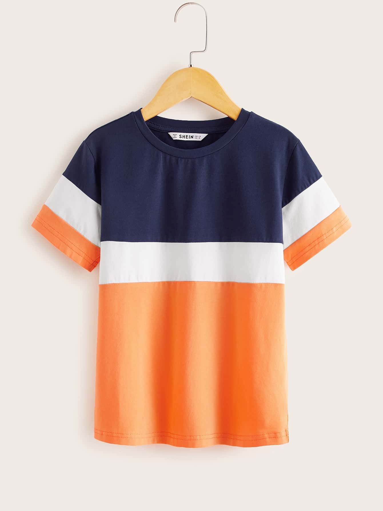 SHEIN Контрастная футболка с коротким рукавом для мальчиковsktee07200312869