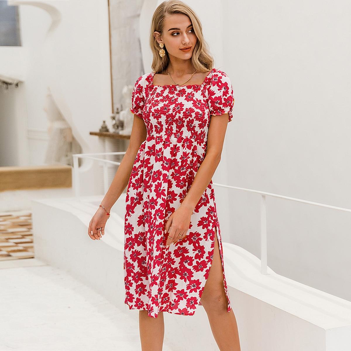 Цветочное платье с разрезом