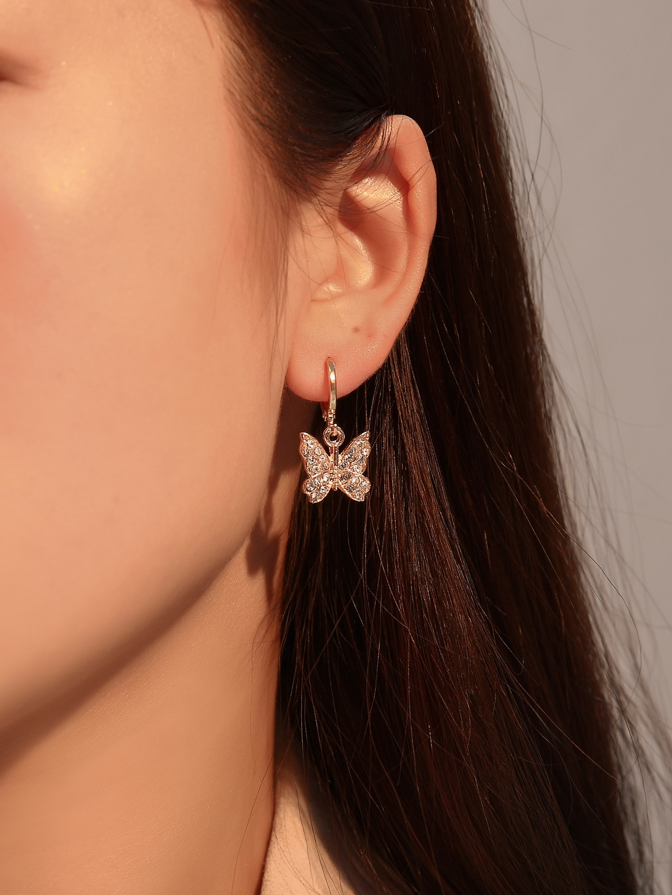1pair Rhinestone Decor Butterfly Decor Earrings thumbnail