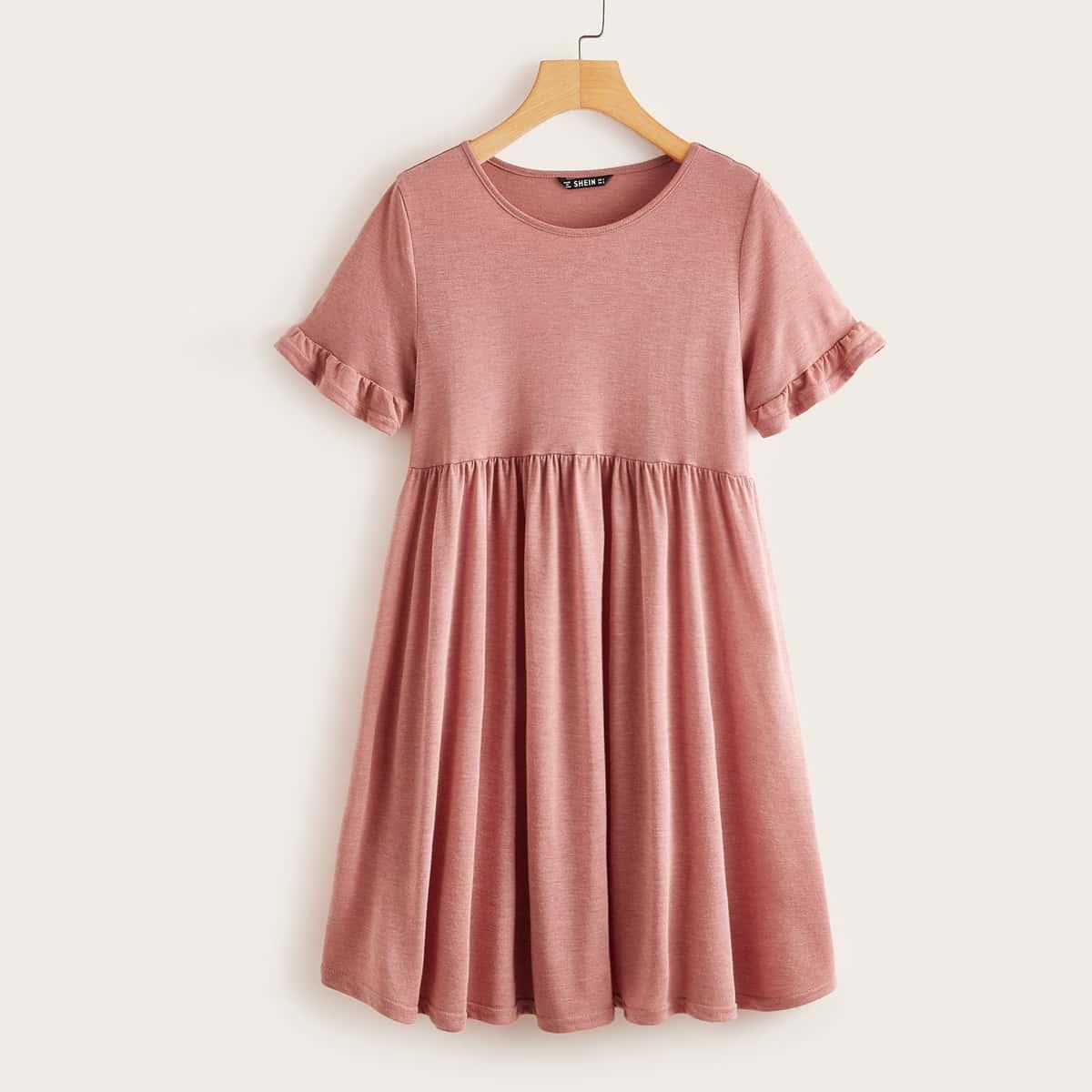 Модное платье с оборками