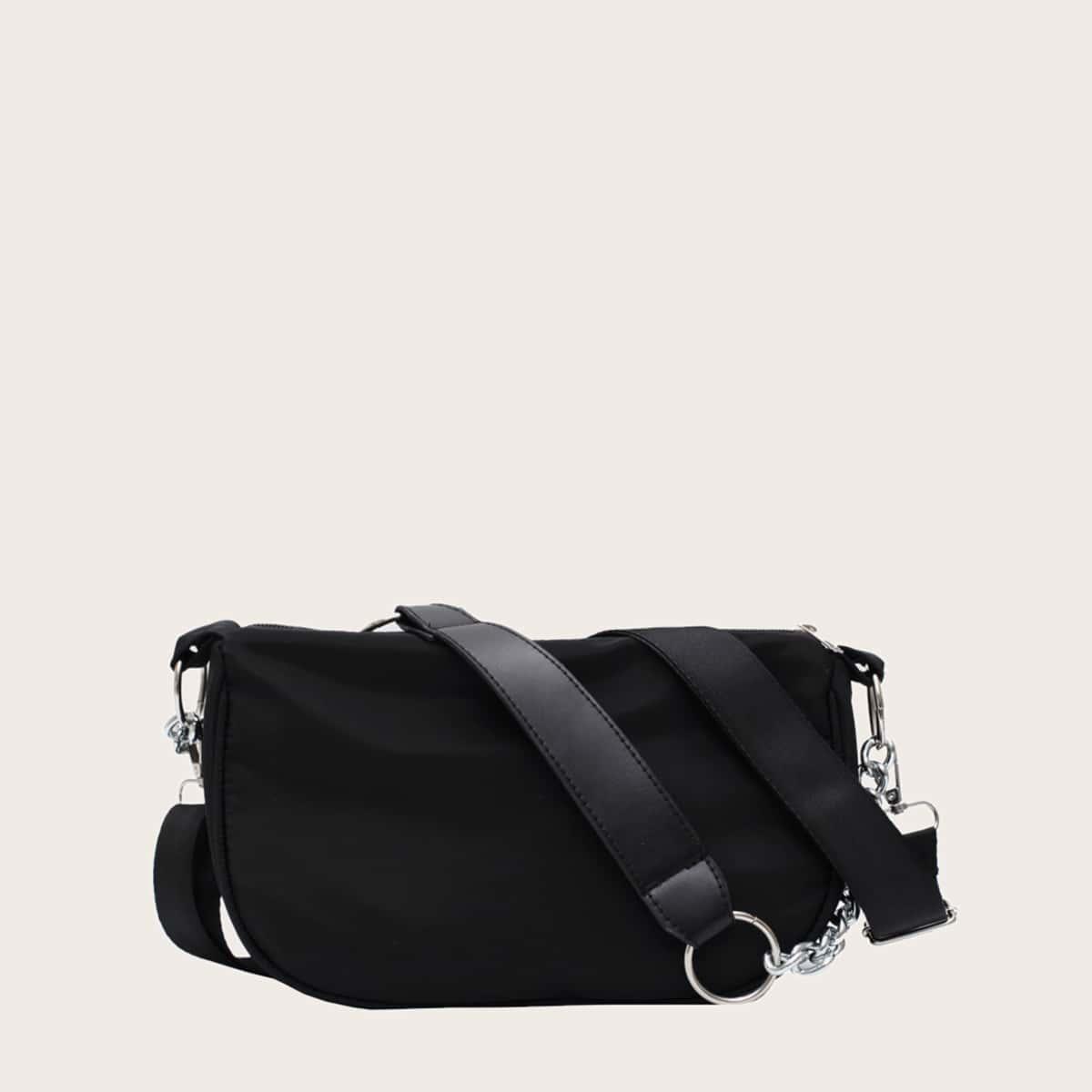 Минималистская сумка с цепочкой