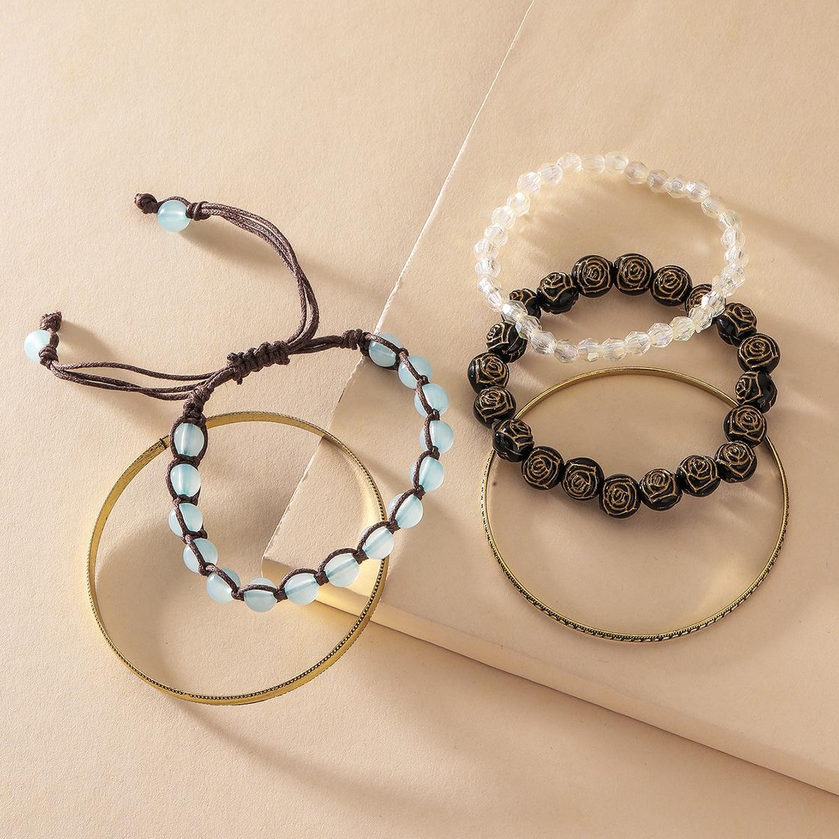 Плетеный браслет с бисерами
