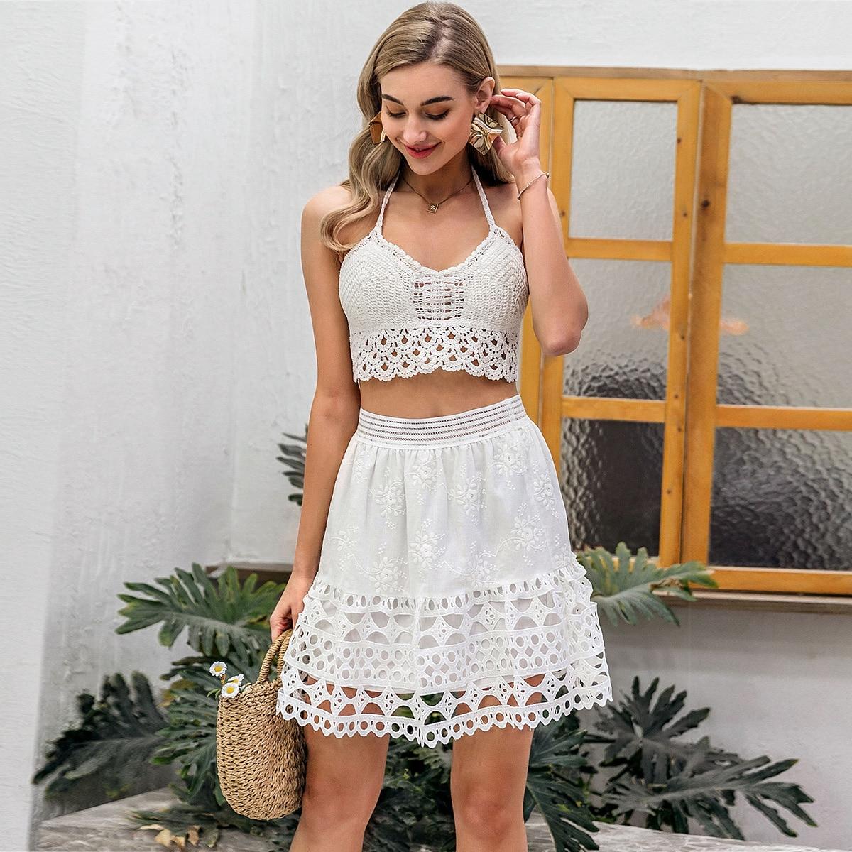 юбка с цветочной вышивкой, кружевным краем и разрезом