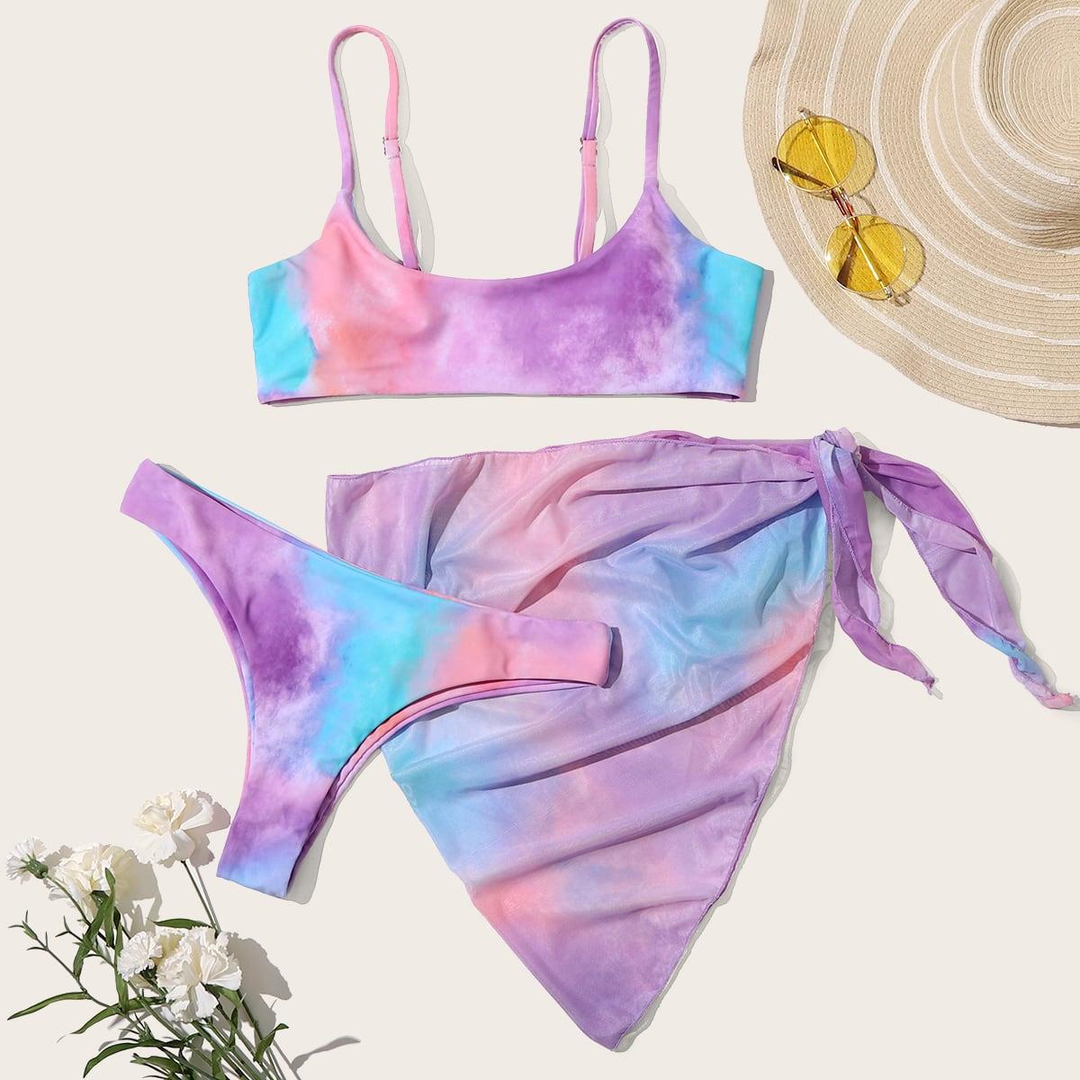Разноцветное бикини и пляжная юбка с узлом