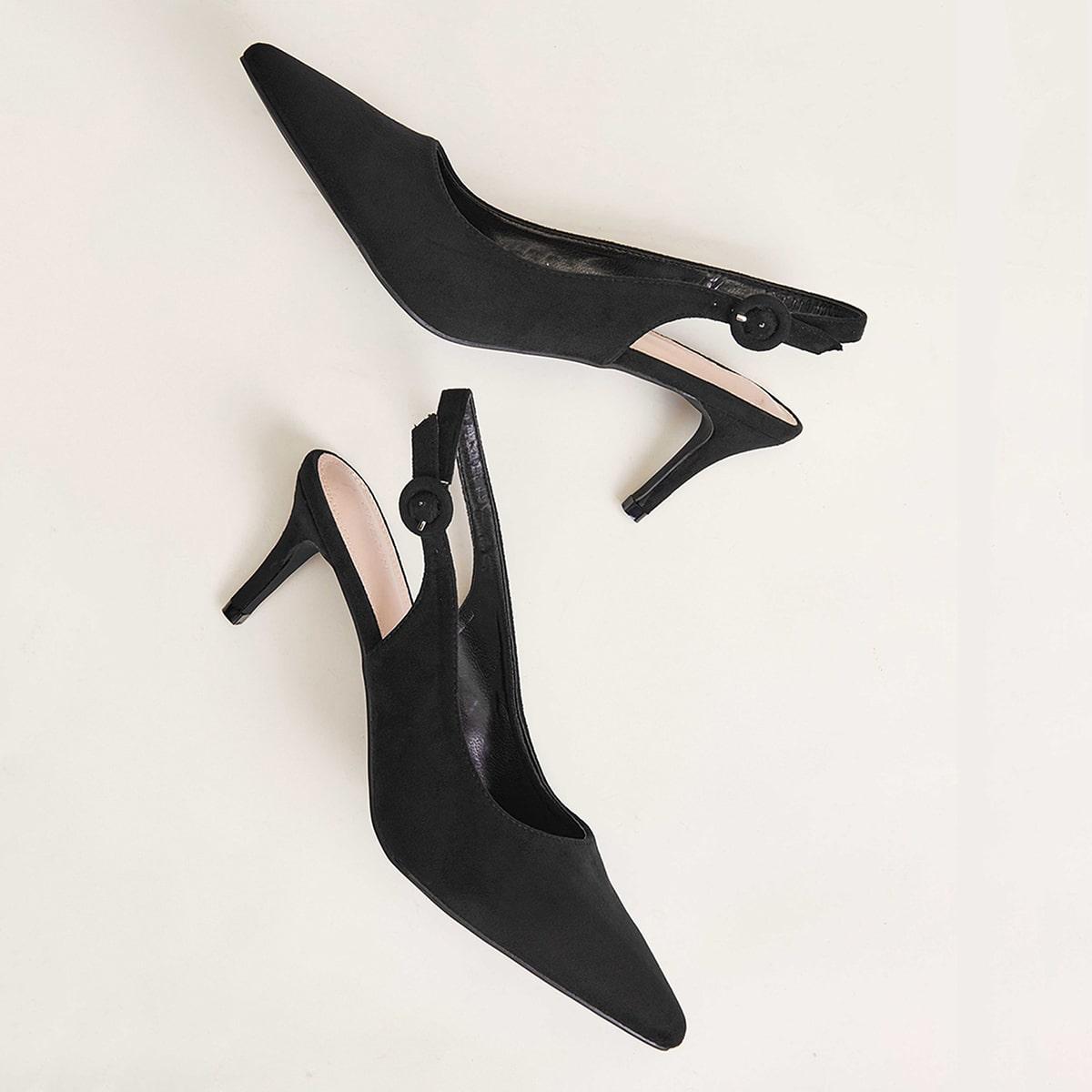 Остроконечные туфли на каблуках