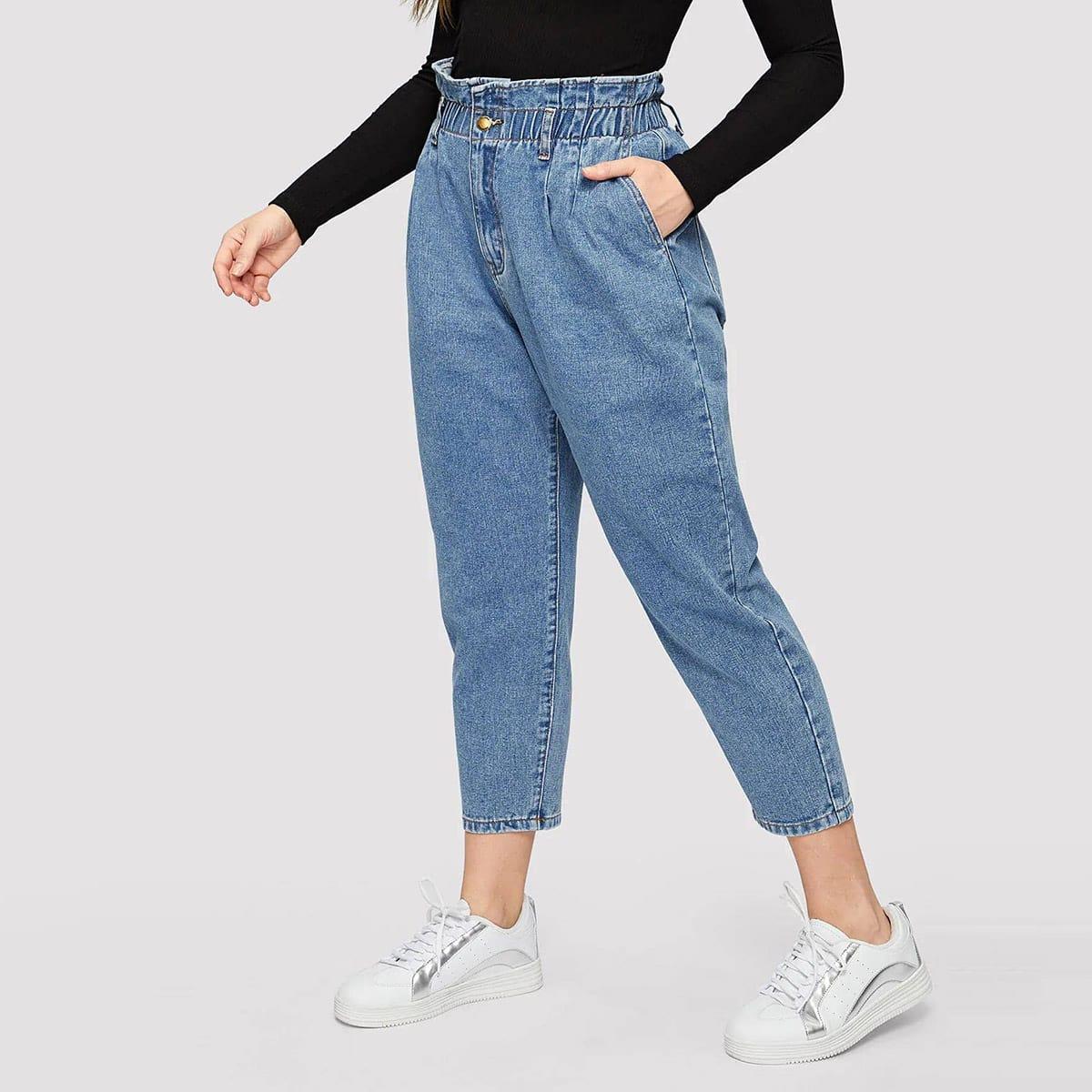 Короткие джинсы размера плюс с присборенной талией