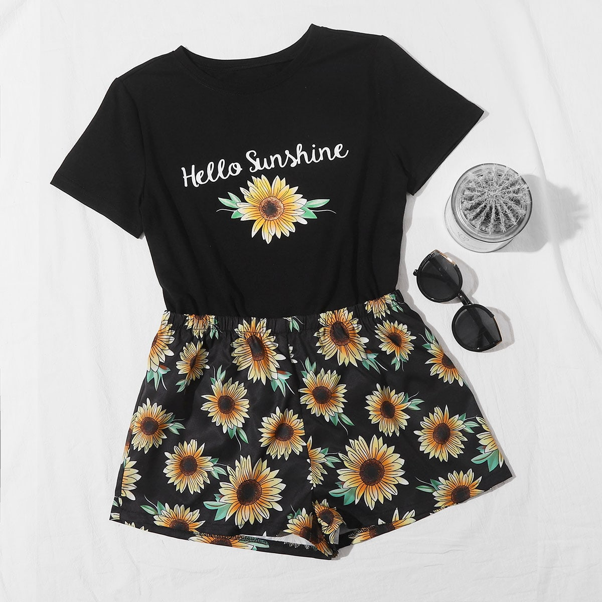 Slogan & Sunflower Print Tee With Shorts thumbnail