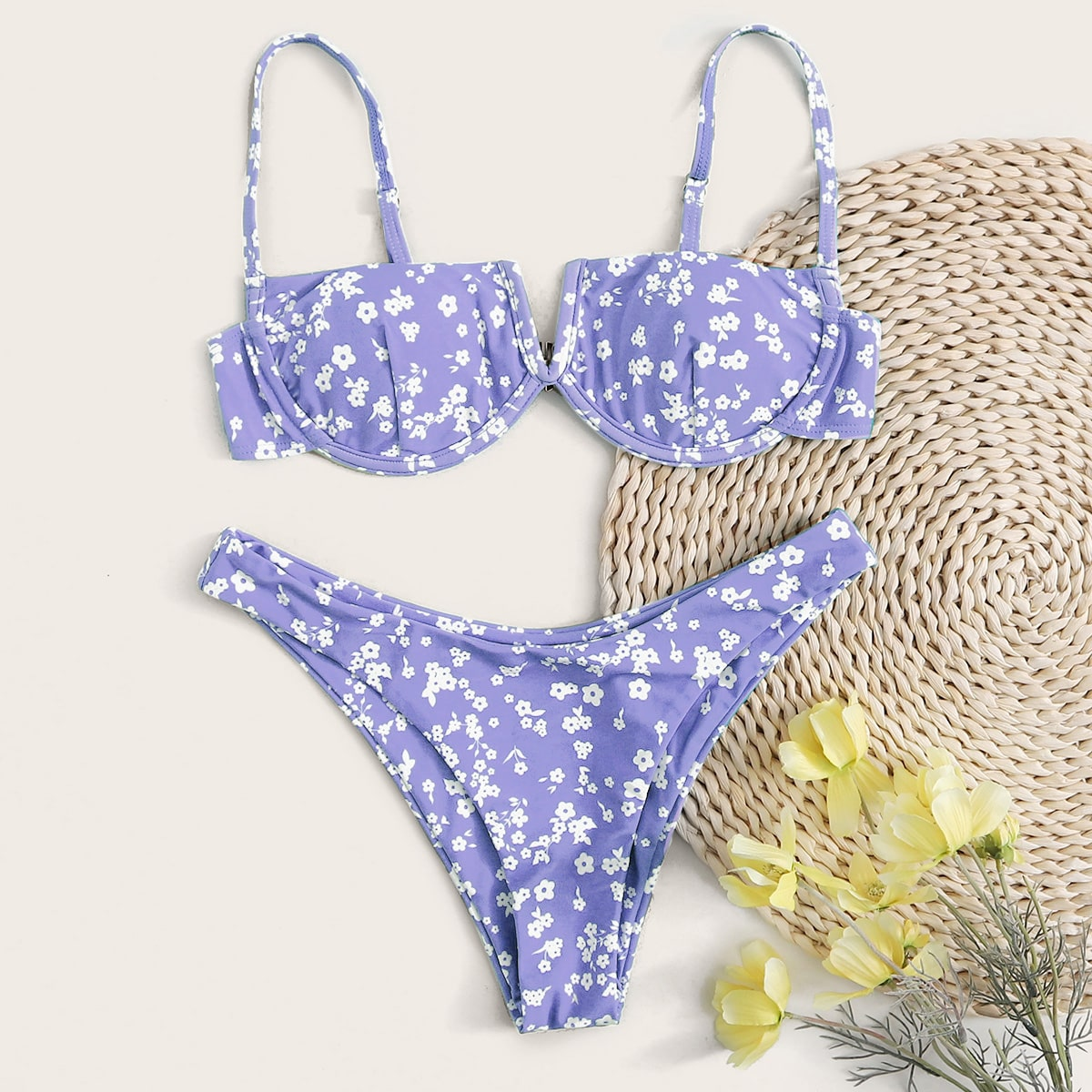 Цветочный купальник бикини на косточках