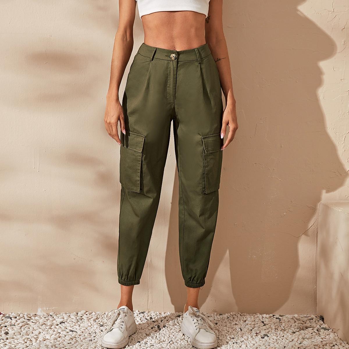 Короткие брюки с карманом