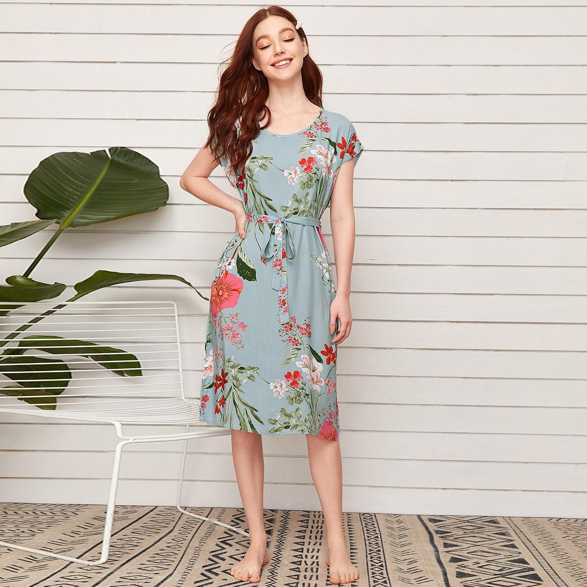 Ночная рубашка с поясом и цветочным принтом
