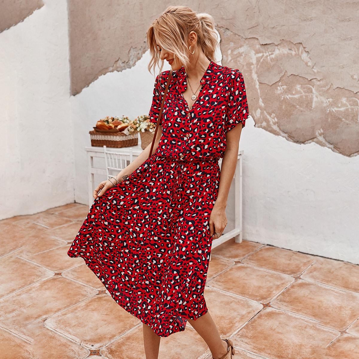 Платье-рубашка с пуговицами и леопардовым принтом