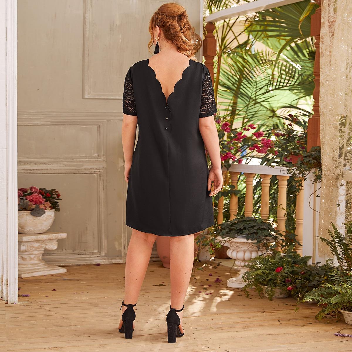 Платье размера плюс с кружевным рукавом и пуговицами сзади