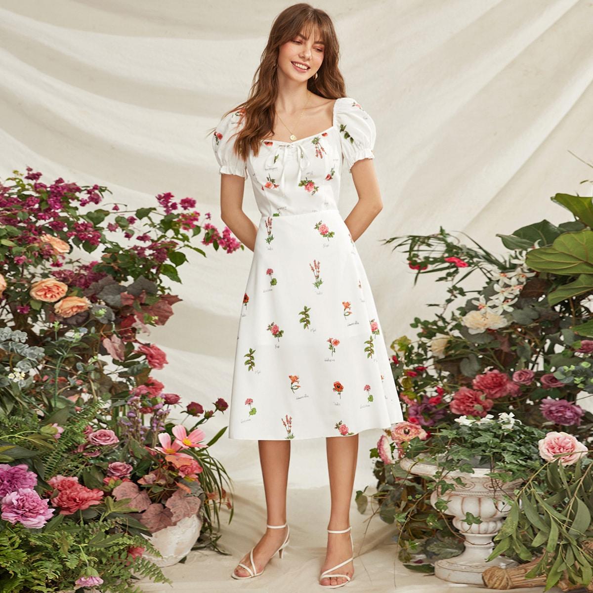 Платье с графическим принтом и пышными рукавами