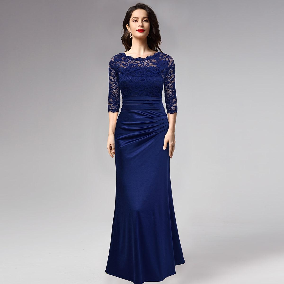 атласное платье-русалка с кружевной отделкой