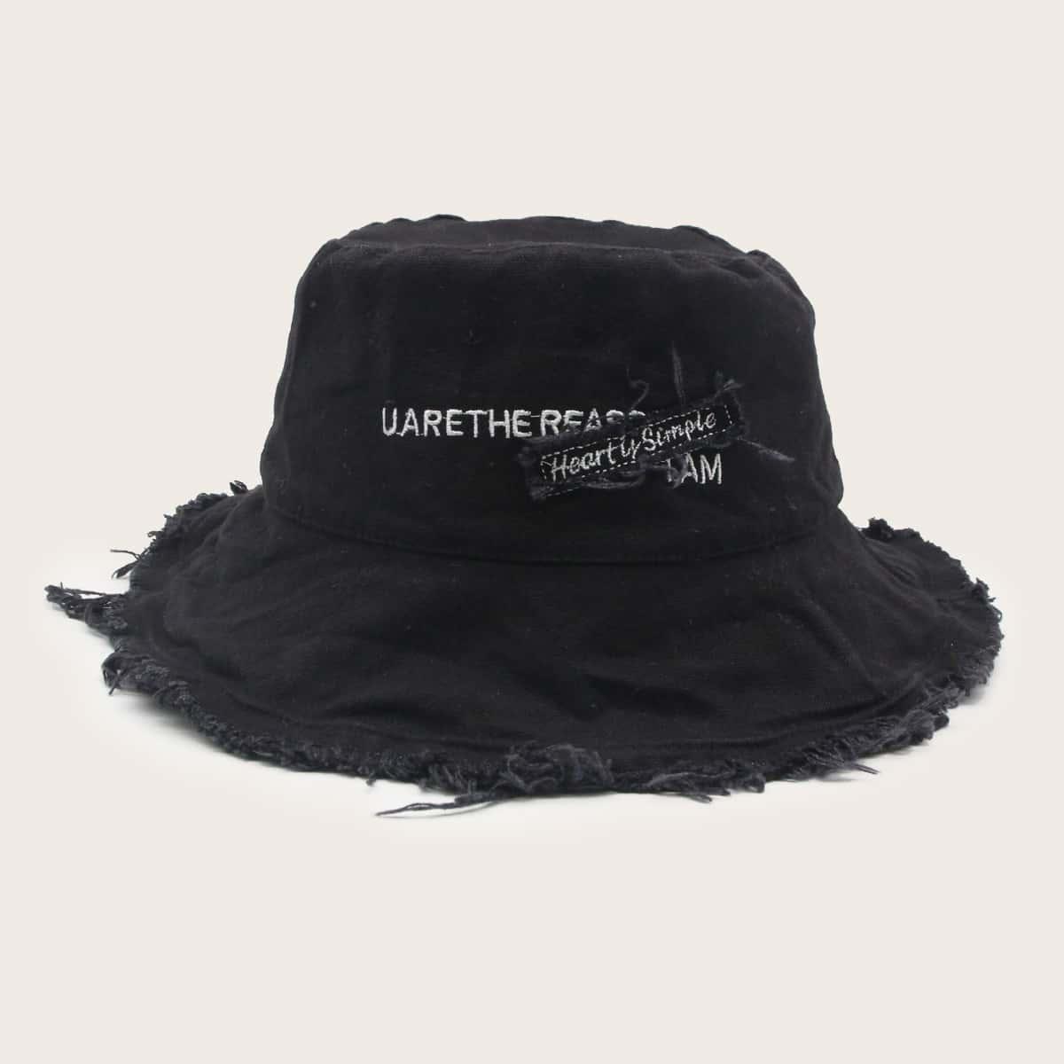 Шляпа с текстовым принтом
