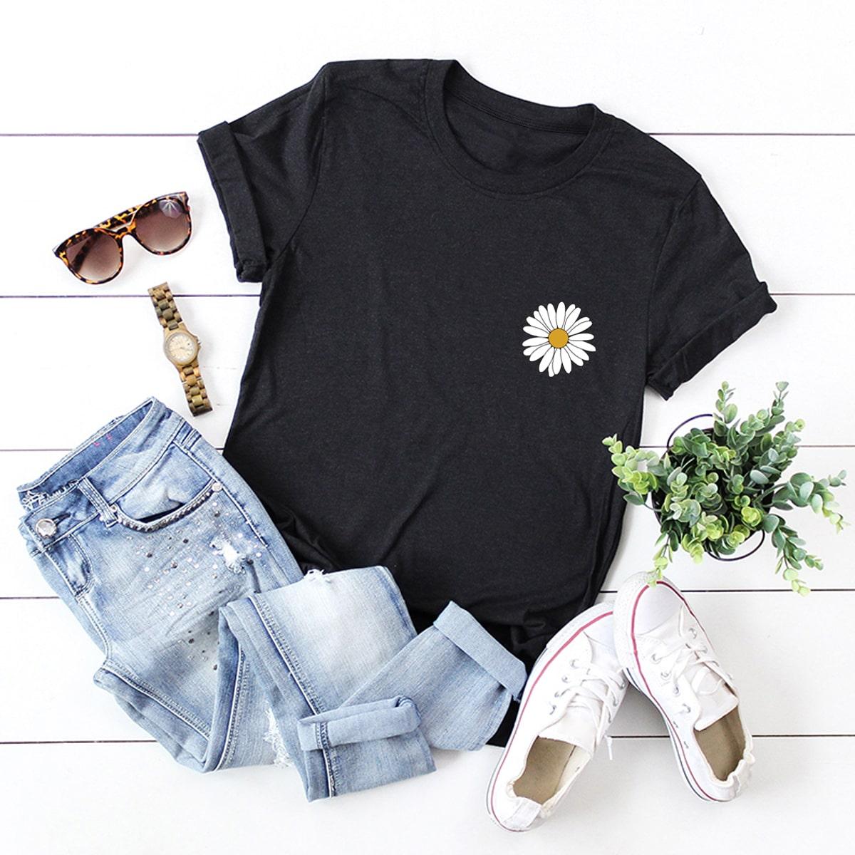 Camiseta de cuello redondo con estampado de margarita