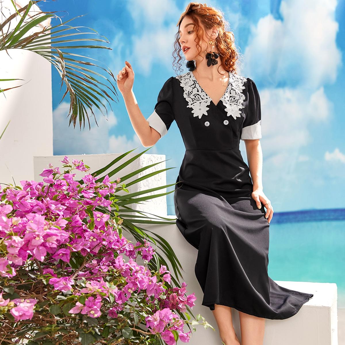 Платье с v-образным воротником и пышными рукавами
