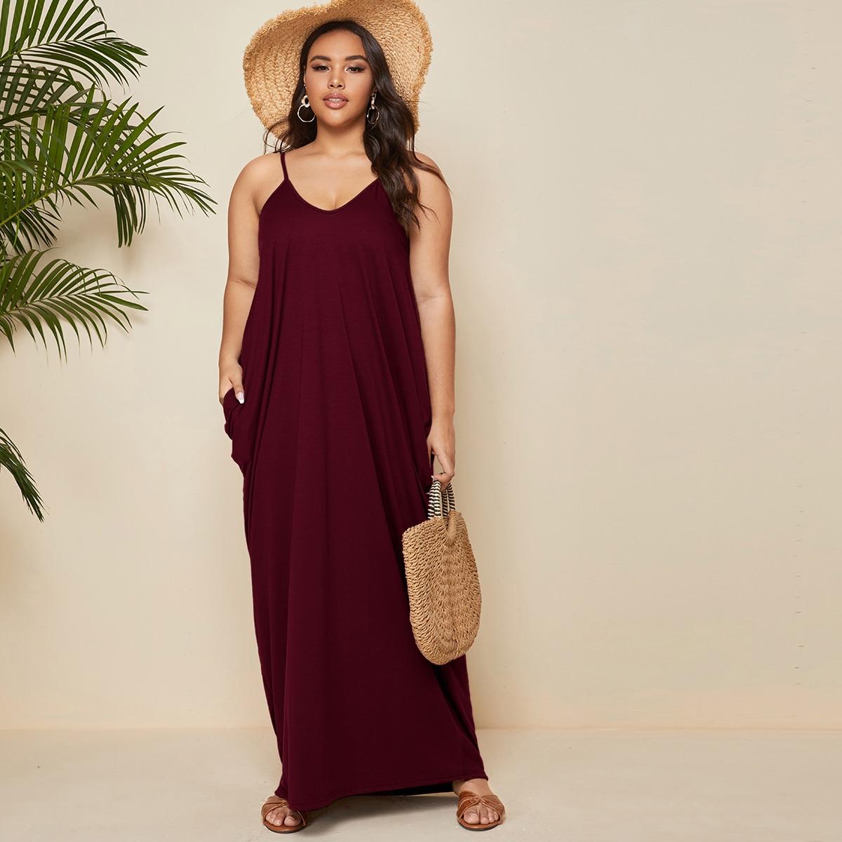 Платье макси размера плюс на бретелях с карманом