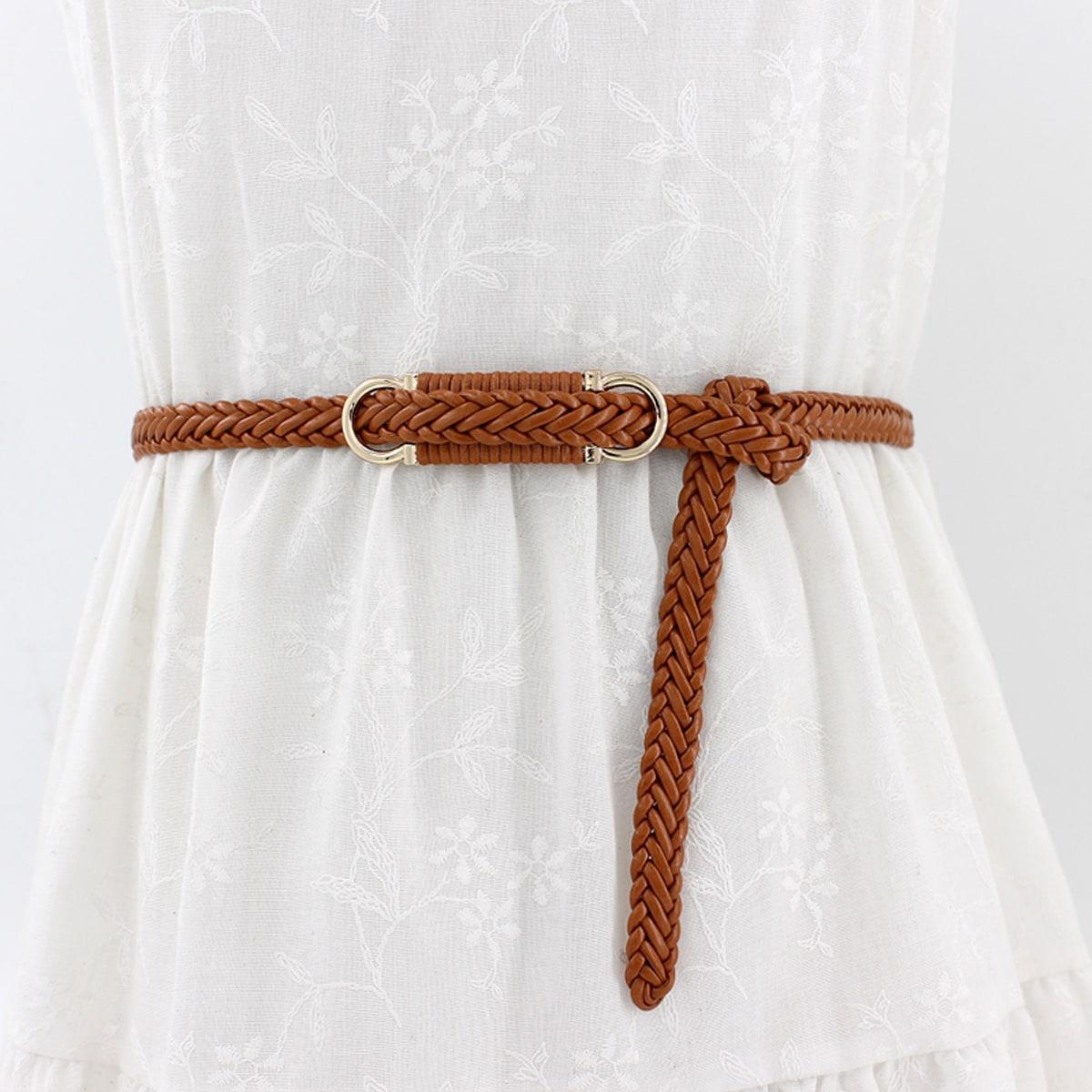 Плетеный ремень с металлической пряжкой
