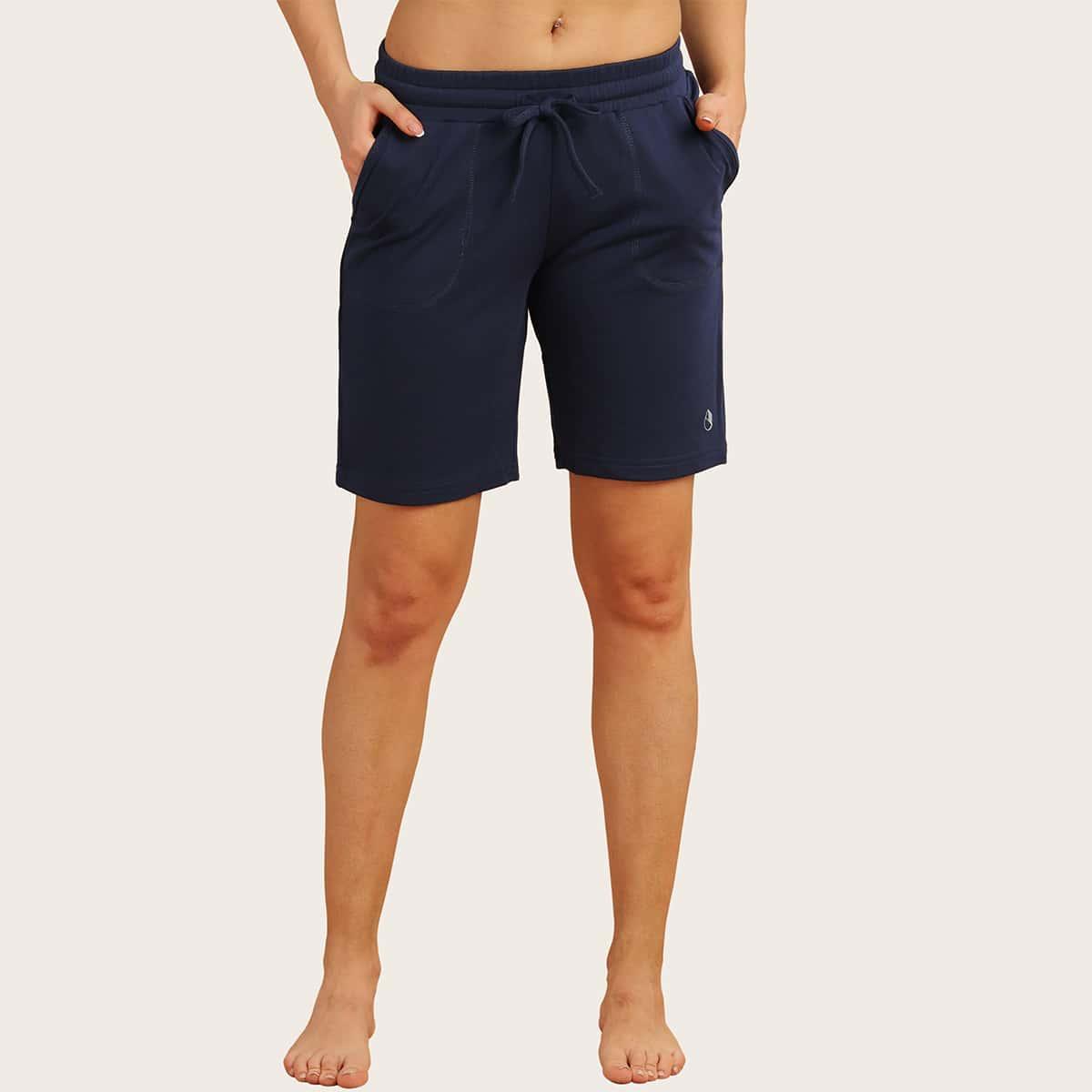 Спортивные шорты на кулиске с карманом