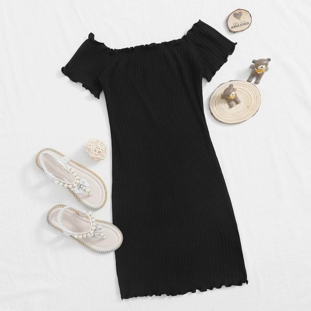Schulterfreies Strick Kleid mit gekräuseltem Saum