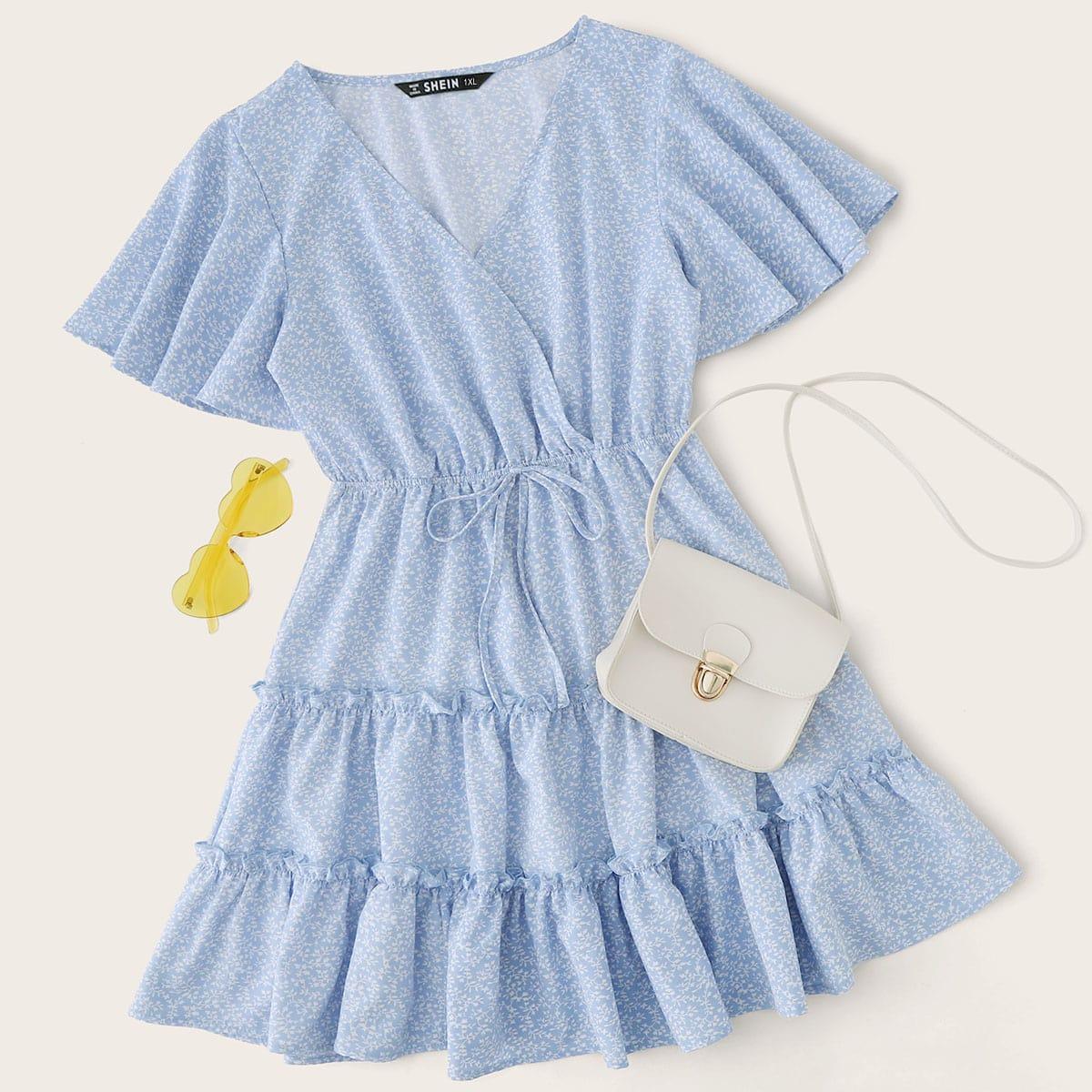 Цветочное платье размера плюс с оригинальным рукавом