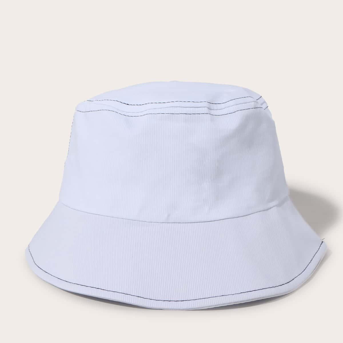 Однотонная шляпа