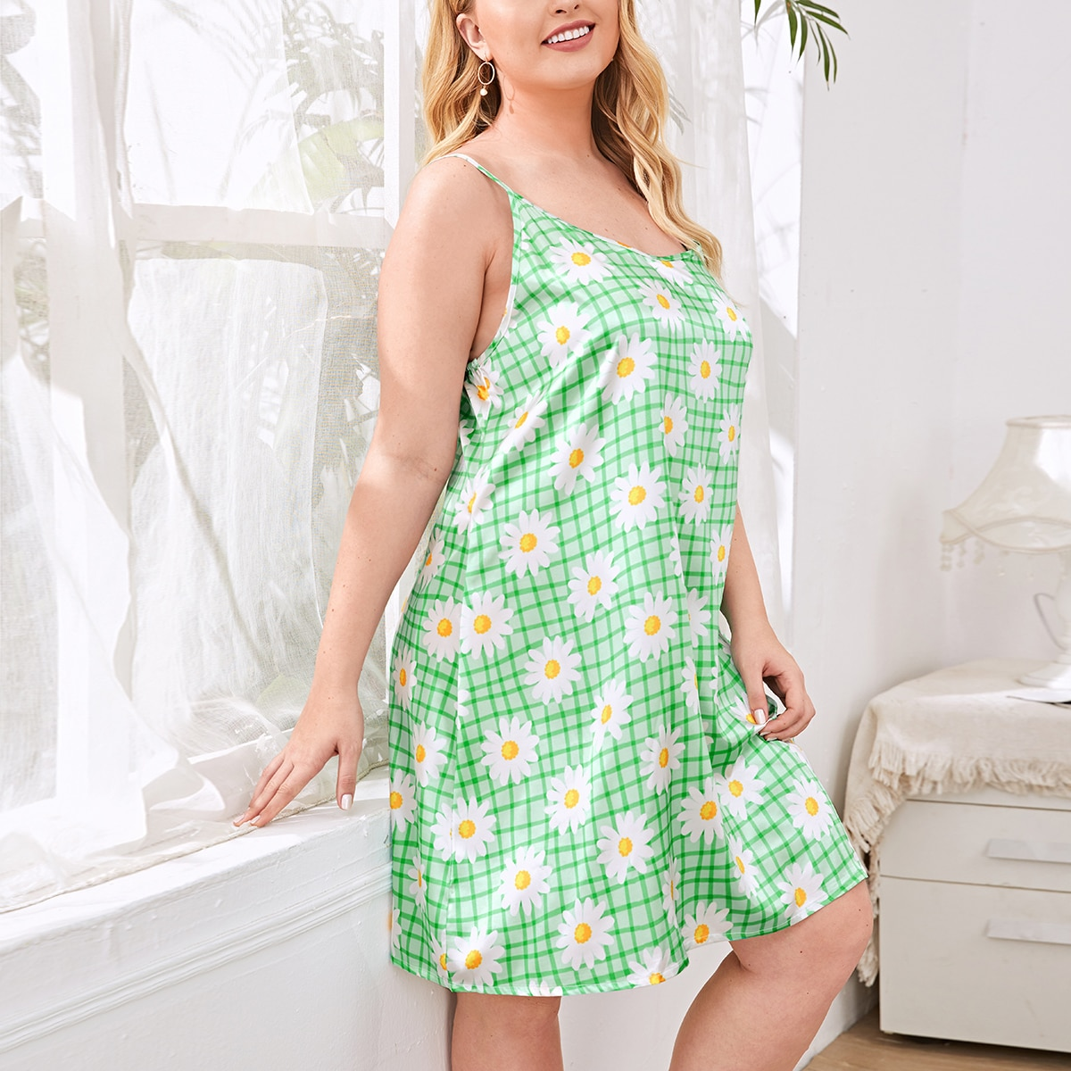 Зеленый лайм со цветочками милый ночная рубашка размер плюс