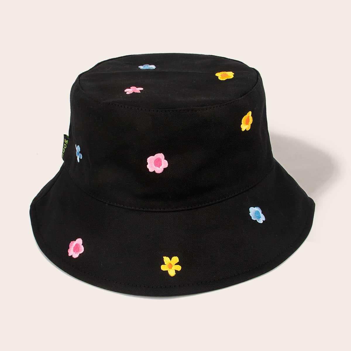 Шляпа с цветочной вышивкой