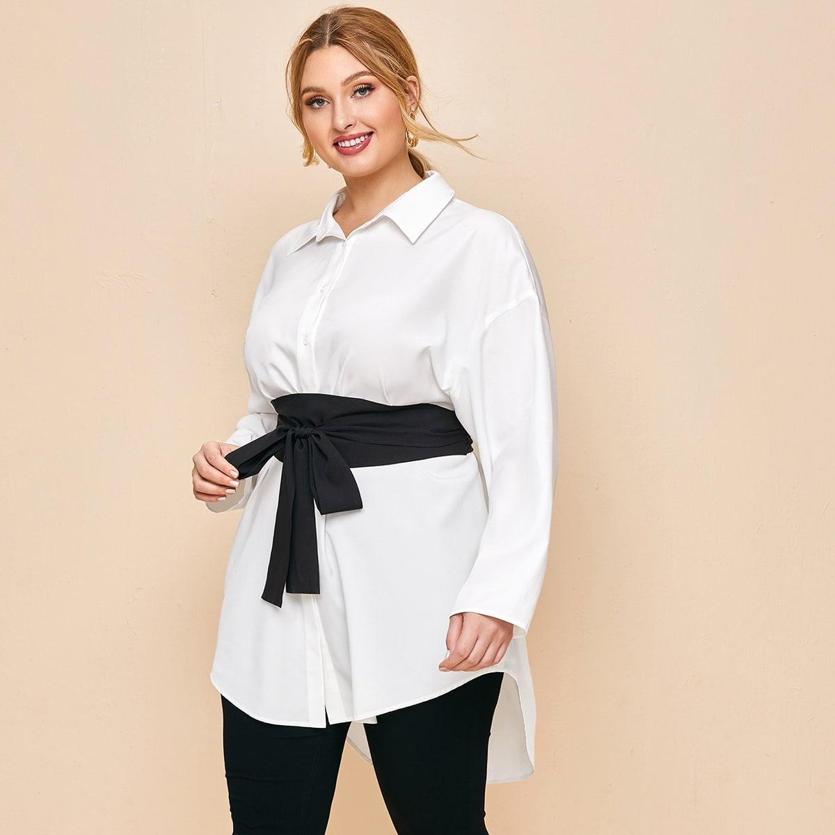 Асимметричная блузка размера плюс с поясом