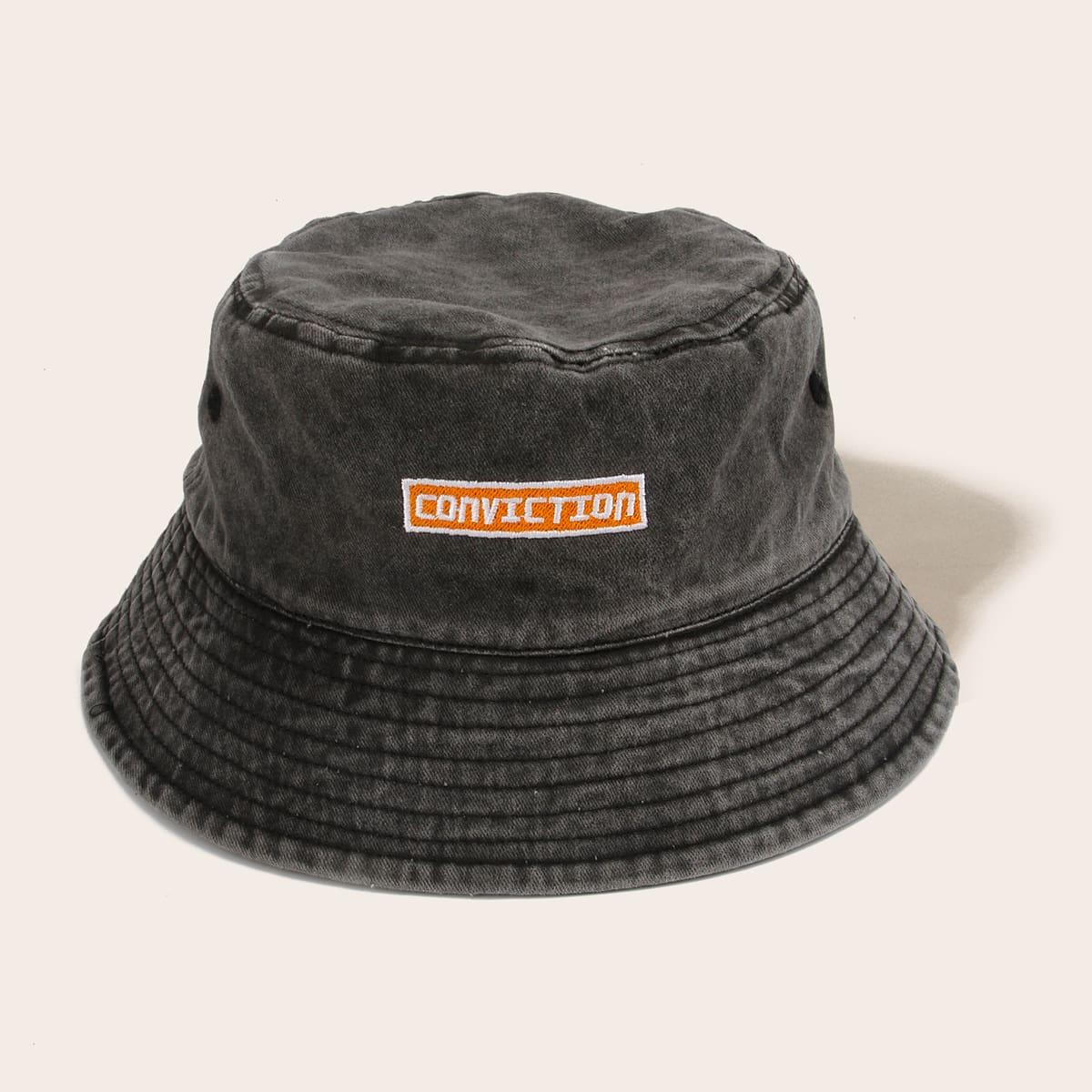 Шляпа-ведро с вышивкой