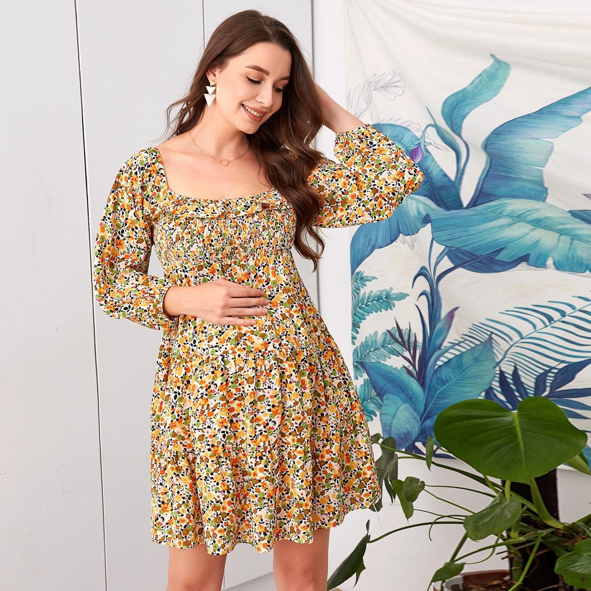 Платье для беременных с квадратным воротником и цветочным принтом