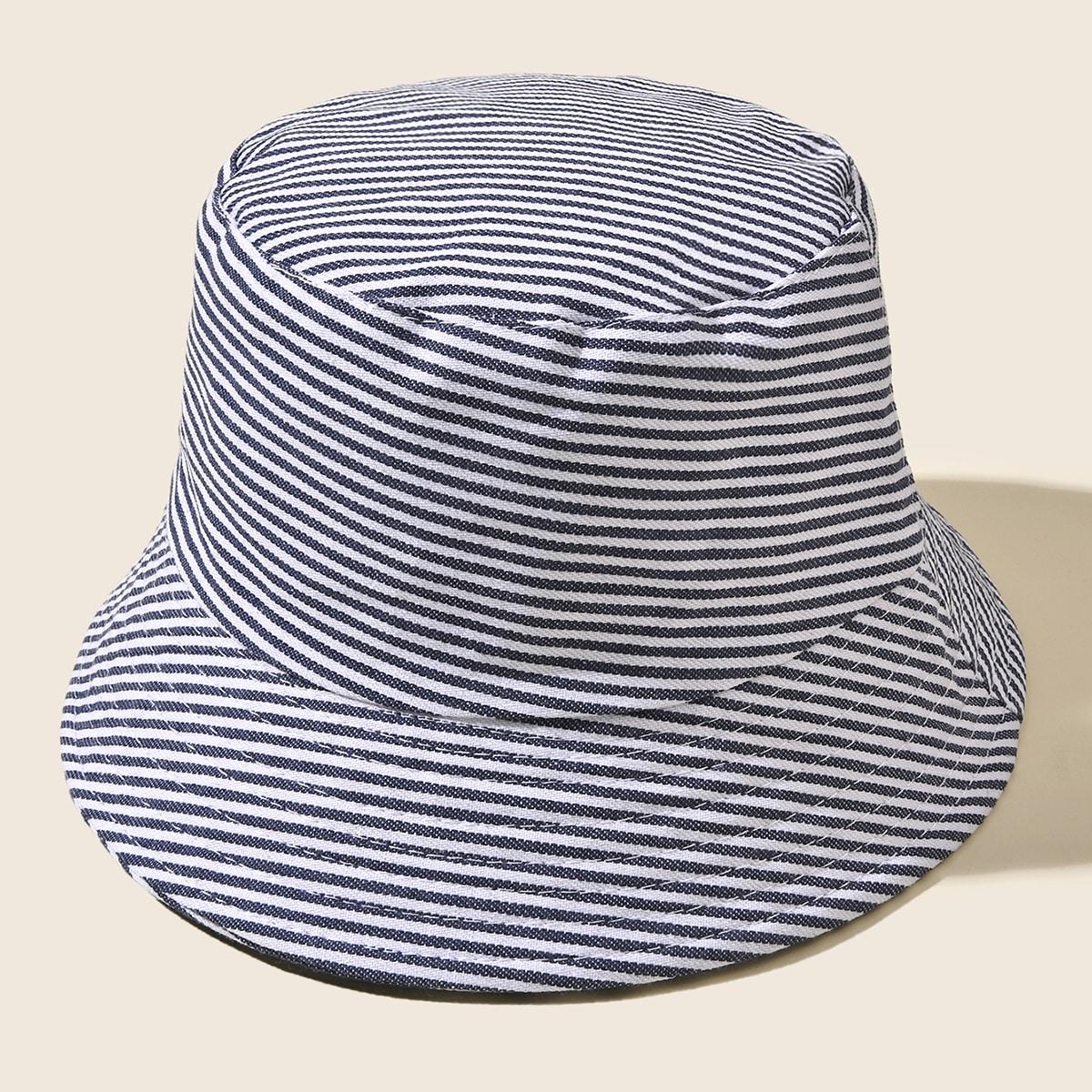 Шляпа с полосками