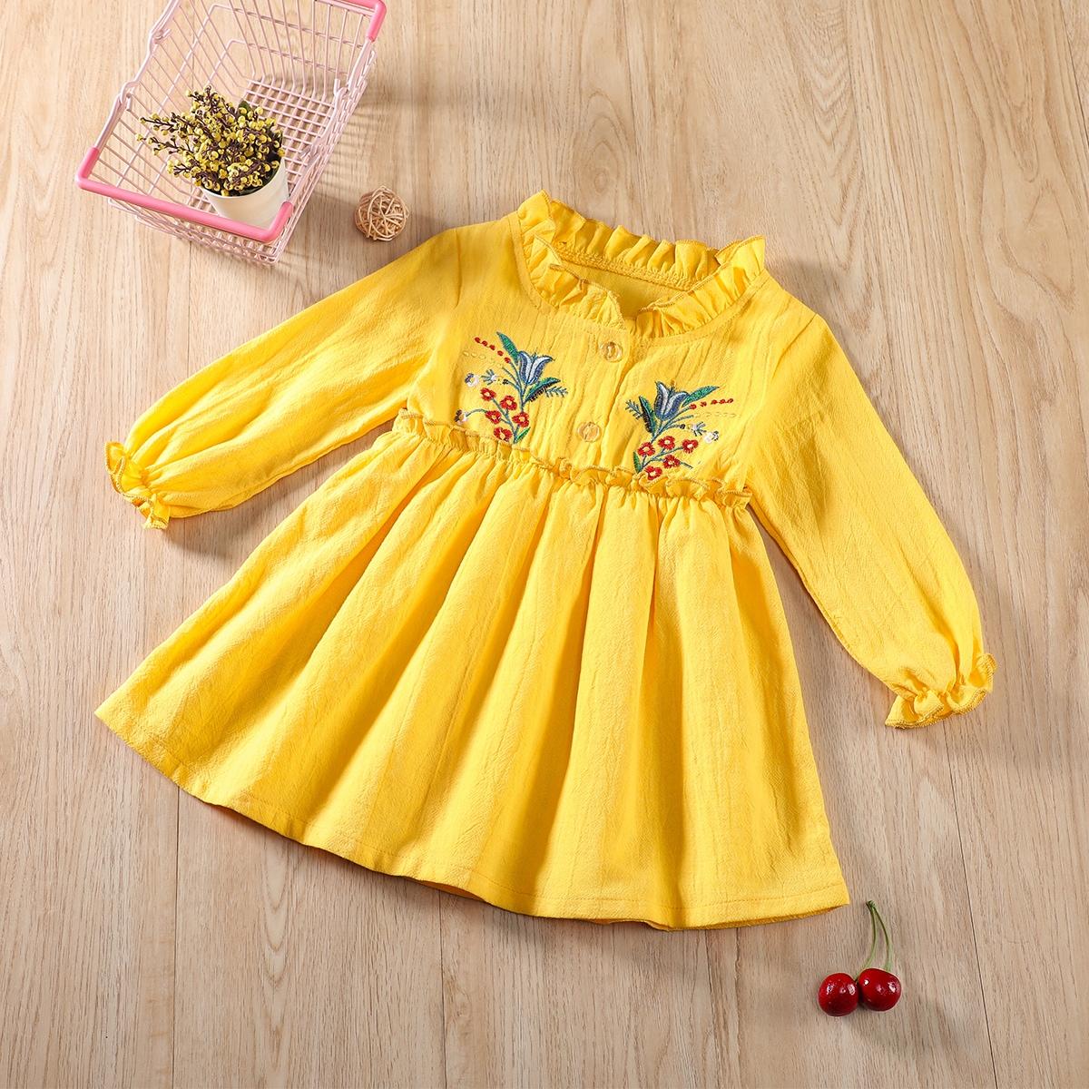 Жёлтые на пуговицах Цветочный принт милый Платья для малышей от SHEIN