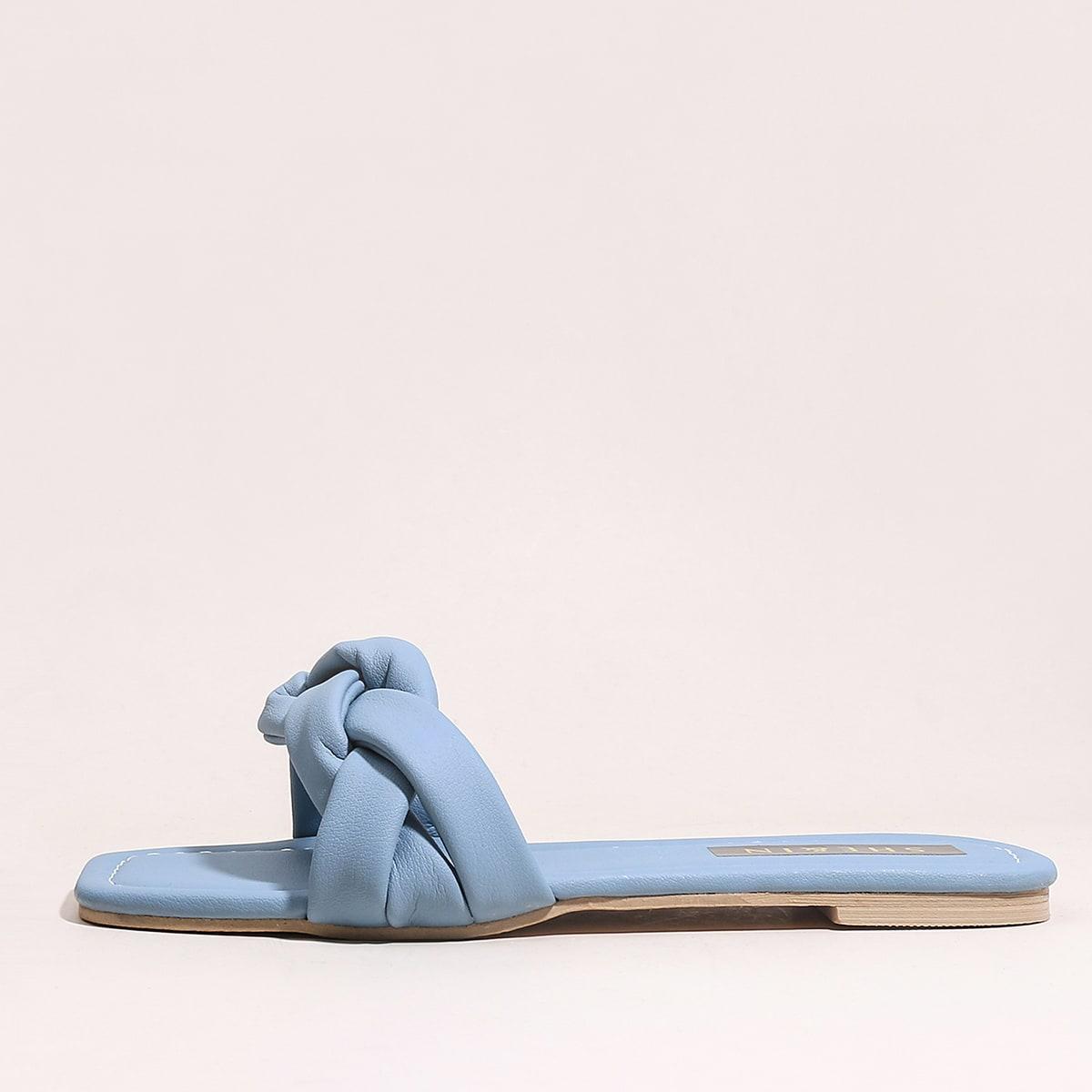Плетеные тапочки с открытым носком