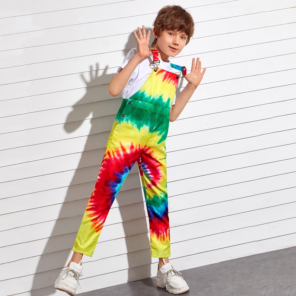Разноцветный комбинезон для мальчиков