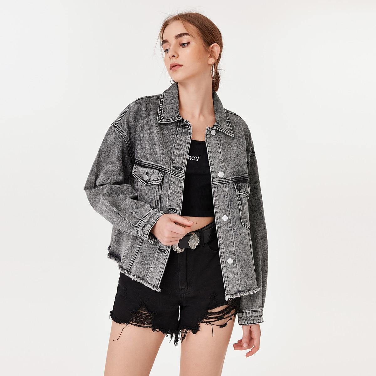 Джинсовая куртка с карманом