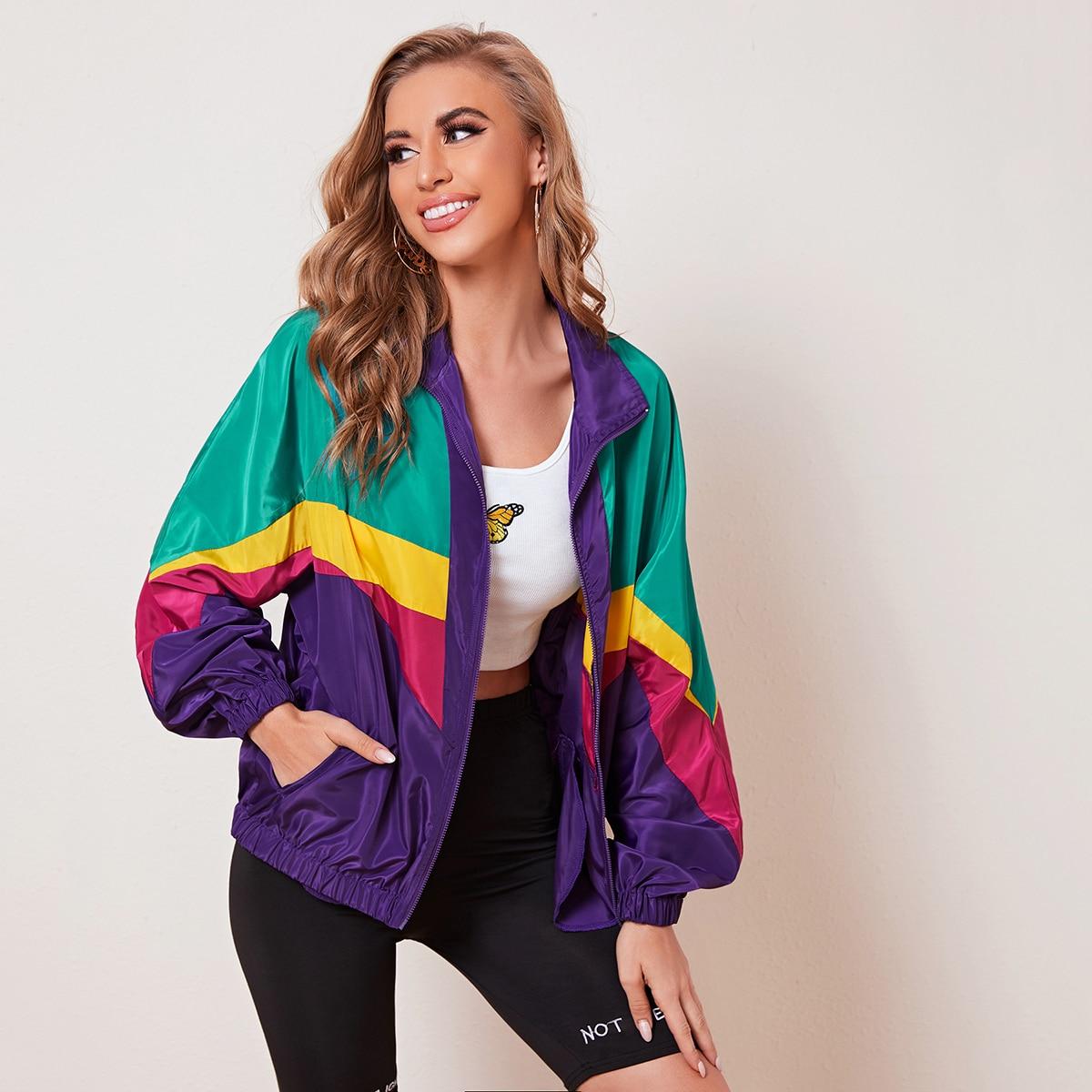 Контрастная куртка на молнии