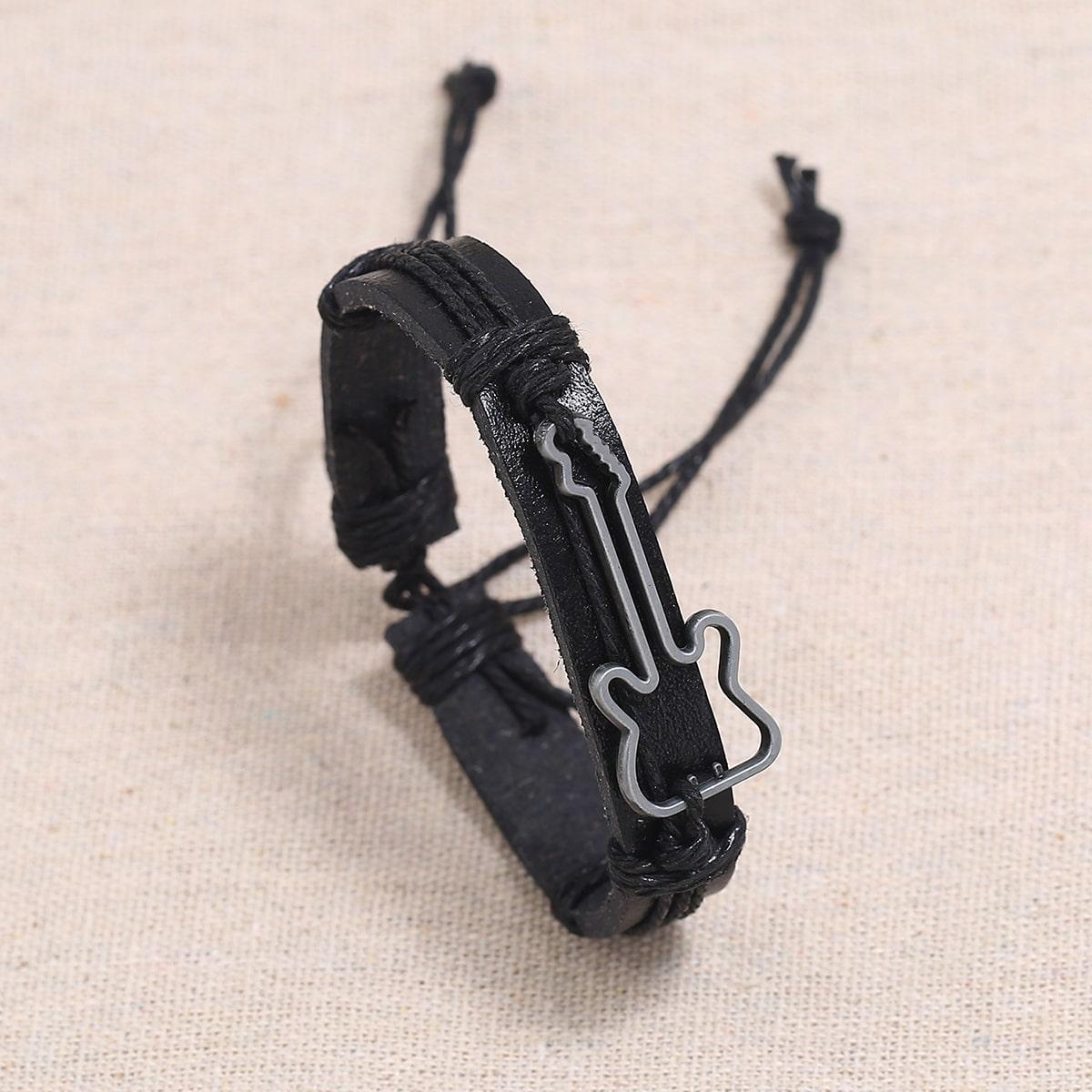 Плетеный браслет с гитарой