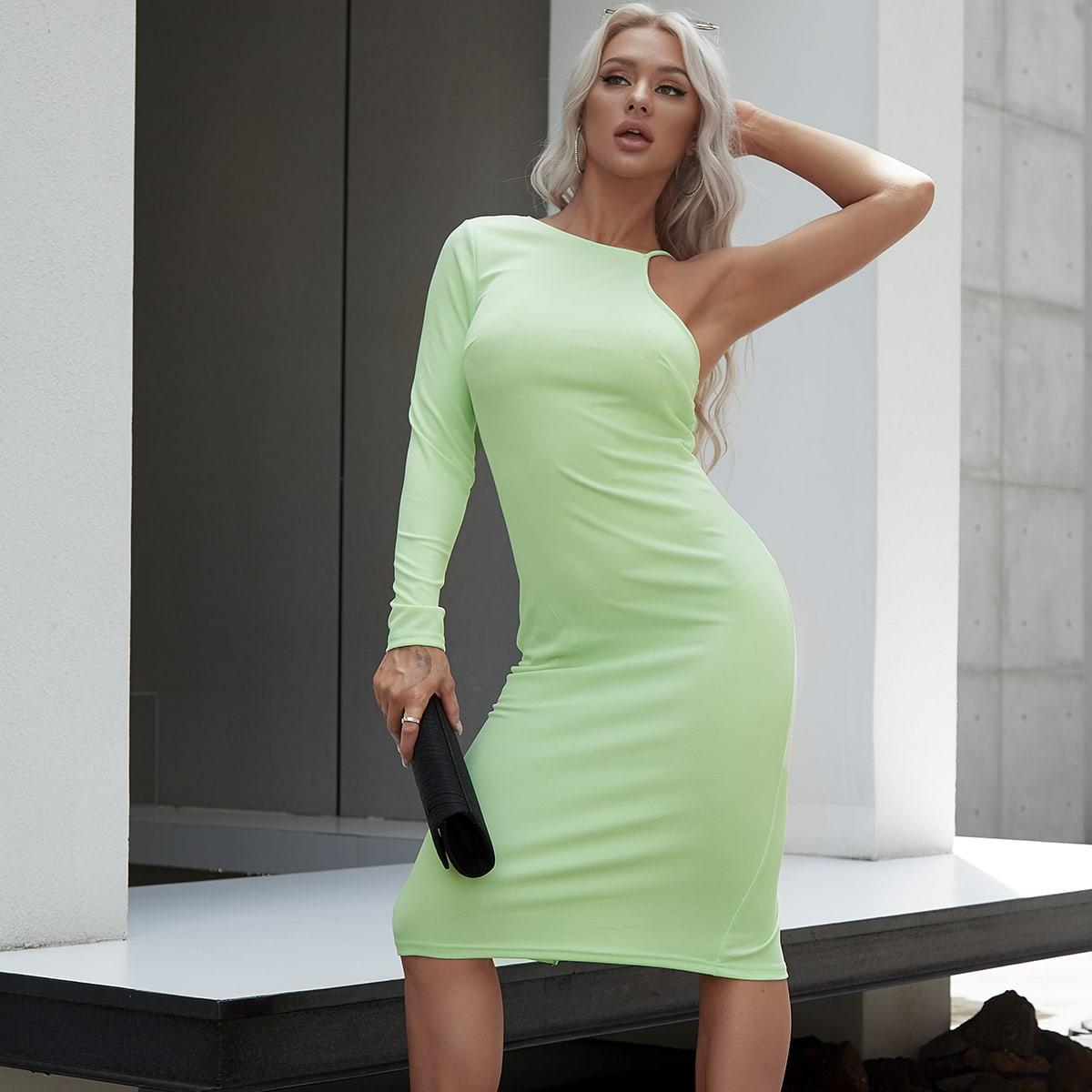 платье с молнией сзади и асимметричным воротником по цене 1 200