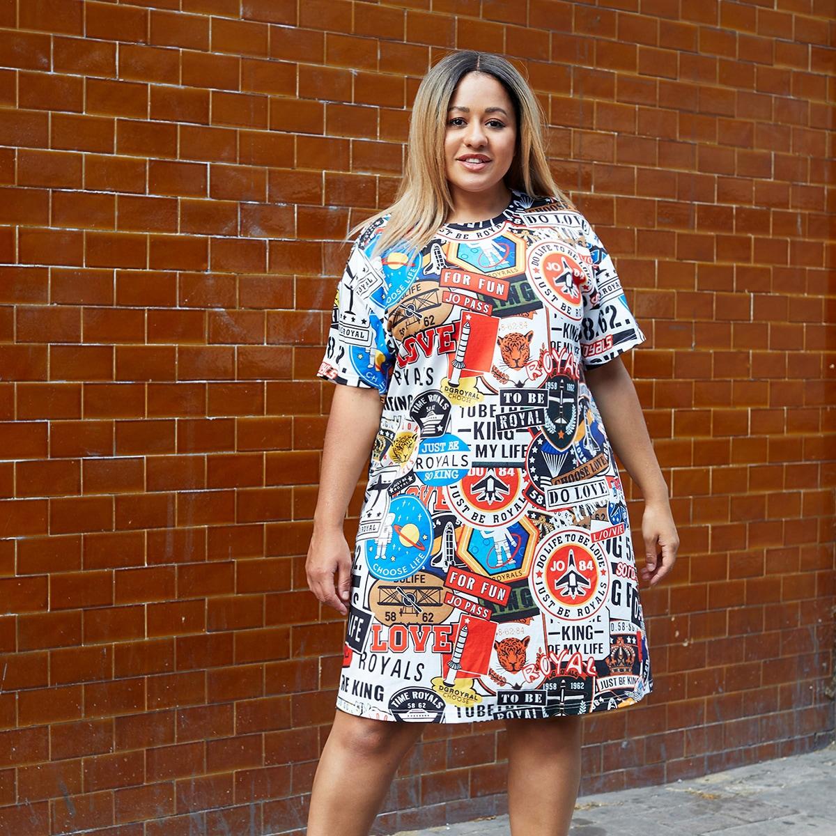 Платье-футболка размера плюс с оригинальным принтом