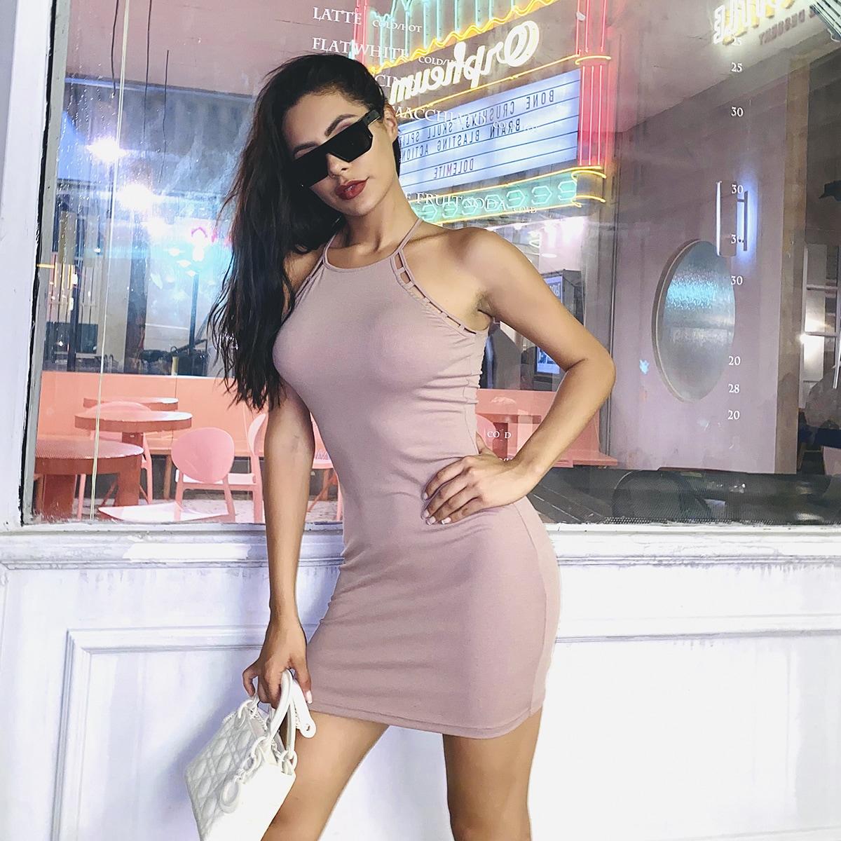 однотонное платье-халтер