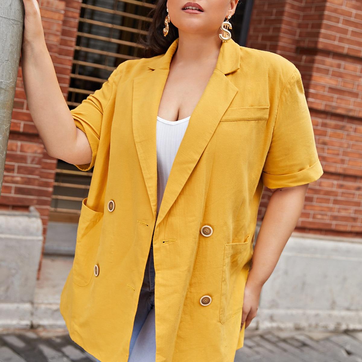 Двубортный пиджак размера плюс с карманом