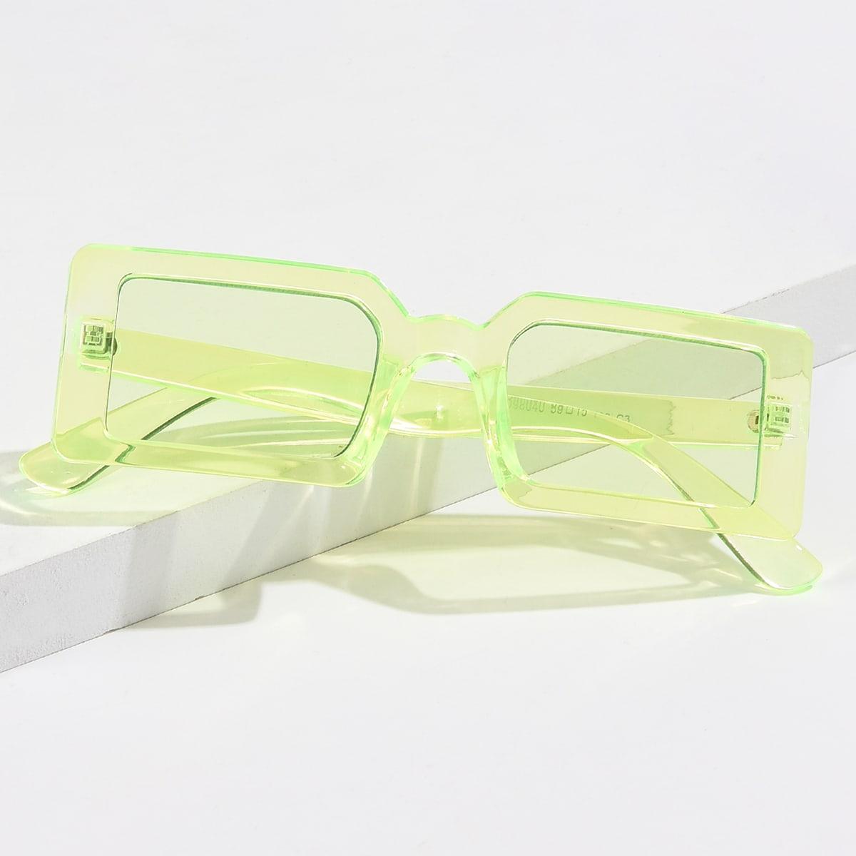 Солнцезащитные очки в прямоугольной оправе