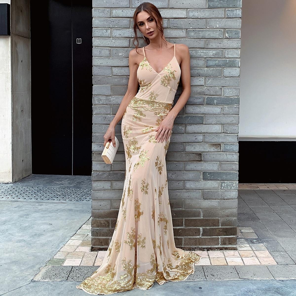блестящее платье с открытой спиной и шнурком