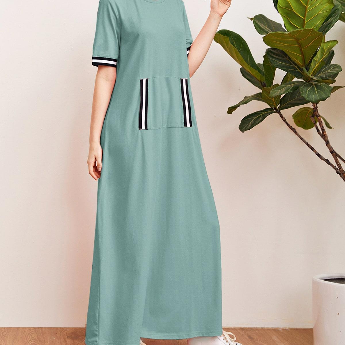 Платье с полосками и карманом