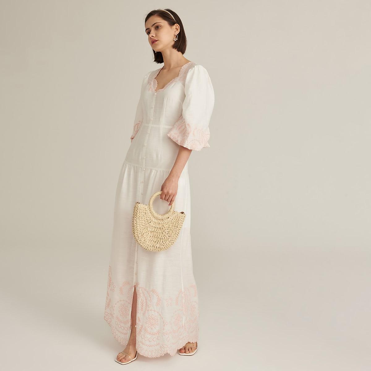 Платье макси из искусственного шелка с вышивкой