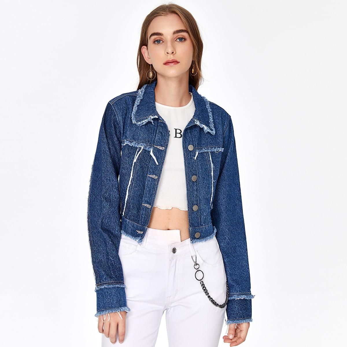 Джинсовая куртка с пуговицами