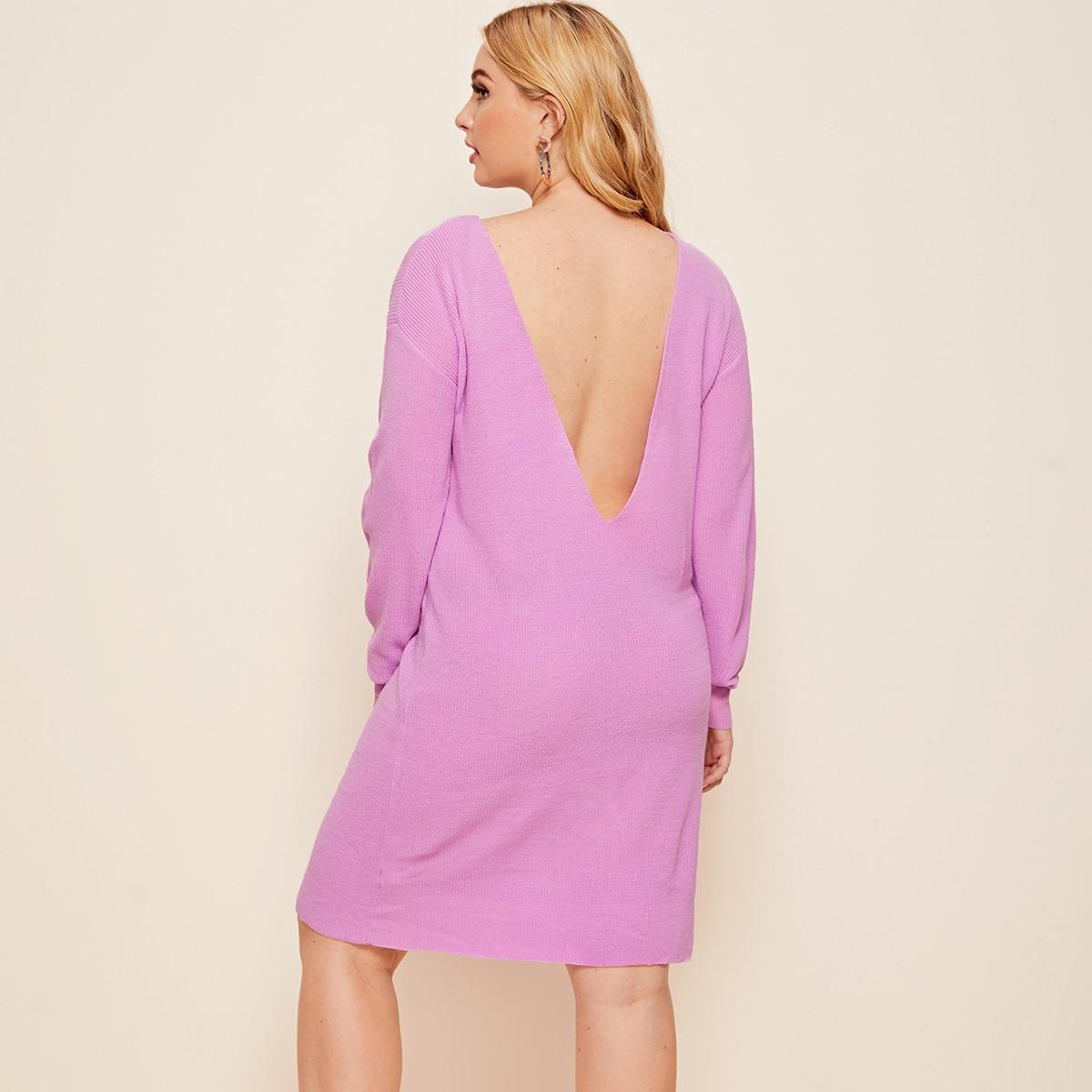 Платье размера плюс с низкой спинкой без пояса